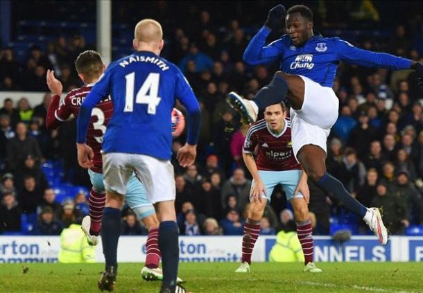Romelu Lukaku Bahgia Dapat Menyelamatkan Everton Dari Jurang Kekalahan
