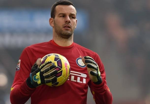 Manchester United Siap Rekrut Samir Handanovic